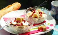 Porridge aux flocons d'avoine, banane et cranberries