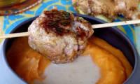 Boulettes d'agneau au gingembre, sauce rhum et lait de coco, pâques