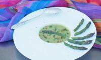 Velouté d'asperges facile au paprika