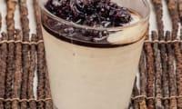 Crème bavaroise à la confiture de cerises