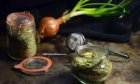 Bouillon de légumes aux épluchures