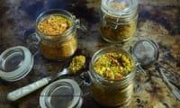 Préparer son court-bouillon en poudre avec des carapaces de crevettes et des épluchures