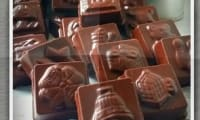Bonbons chocolat fourrés au pralin
