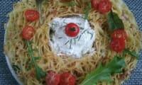 Couronne de spaghettis épinards tomates et ricotta
