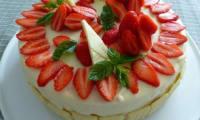 Entremets fraise-chocolat blanc