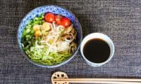 Udons froids aux légumes d'été