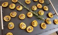 Tartelettes roses de courgettes