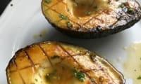 Avocats grillés