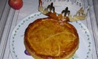 Galette des rois aux pommes et caramel beurre salé