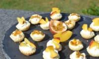 Tartelettes minutes fruits, ricotta et citron vert
