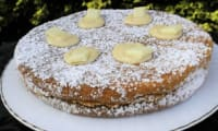 Gâteau au chocolat blanc et au baobab curd