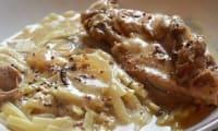 Cocotte de lapin à la moutarde à l'ancienne