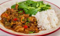 Kavarma, mijoté de poulet aux légumes