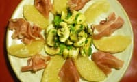 Rosace de pamplemousse, champignons,jambon de Bayonne et sa sauce au citron