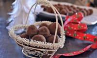 Truffes de Noël au chocolat noir et cardamome