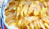 Tarte au pommes citron et baies roses