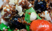 Salade de quinoa rouge, tomates et feta