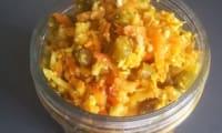 Achard de légumes au curcuma et vinaigre