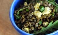 Salade de Lentilles à la Feta et aux Tiges d'oignons