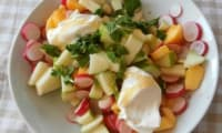Salade nectarine jaune, pomme Granny Smith et radis