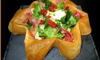 Salade italienne dans sa feuille de bricks