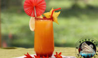 Cocktail orange, citron, grenadine