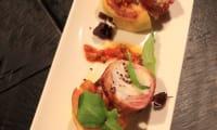 """Lotte rôtie au lard, palets de panais, sauce aux olives """"citron confit"""""""