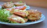 Salade de pélardons panés au saumon fumé