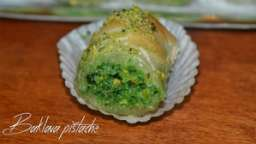 Baklava rolls pistache
