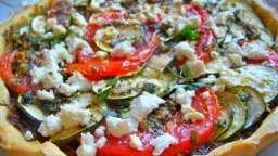 Tarte sablée tian de légumes d'été à l'origan et à la feta