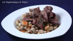 Salade aux haricots coco et aux foies de volaille