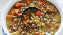 Soupe paysanne au chou et haricots