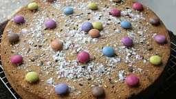 Gâteau moelleux amandes, vanille et pépites de chocolat