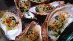 Huîtres aux épinards gratinées à la Rockefeller