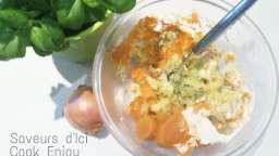 Écrasé de patates douces, oignons et basilic