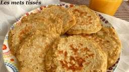 Pancakes au lait d'amandes et flocons d'avoines