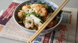 Wok de porc, crevettes et langoustines