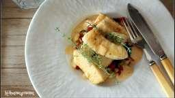 Seiche grillée , légumes du soleil en brunoise au thym , sauce safranée