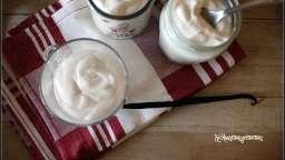 Chantilly de yaourt à la grecque