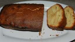 Cake aux pommes, noix de coco et cannelle