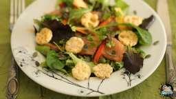 Salade au saumon fumé et graines de courge