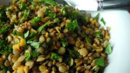 Salade croquante de lentilles persillées