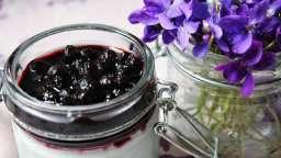 Panna Cotta végétale la violette et myrtilles