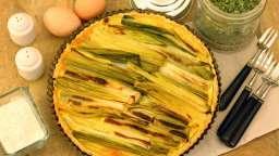 Quiche aux poireaux dans une pâte aux herbes