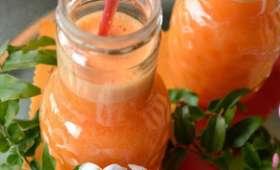 Jus de pamplemousse rosé, orange, carotte et gingembre