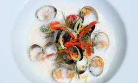 Soupe de coquillages au fenouil et à l'absinthe