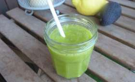 Green smoothie cresson, ananas et avocat