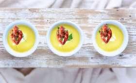 Soupe froide au concombre, aux écrevisses