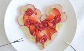 Coeur de fruits et fondue au chocolat