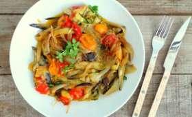 Tagliatelles d'aubergines, courgettes, tomates cerise au parmesan et basilic